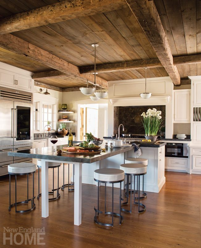 A Rustic Farmhouse with a Modern New Look on Farmhouse Rustic Kitchen  id=53436