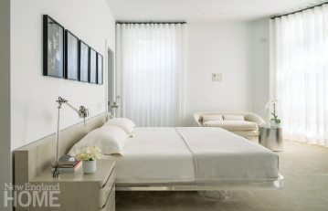 Manuel de Santaren Boston White Master Bedroom