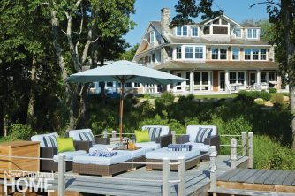 Rhode Island Shingle Style Deck