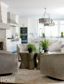 Brooks & Falotico New Canaan kitchen seating area