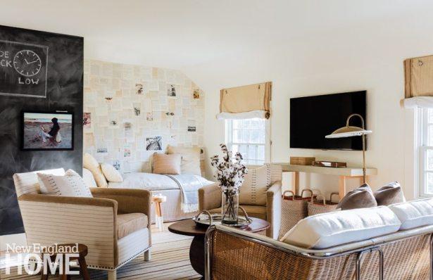 Lisa Tharp Neutral Family Room