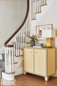Neutral entryway by Phoebe Lovejoy