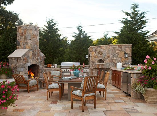 cape cod outdoor entertaining area