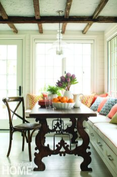 Banquette Federal-style home Connecticut