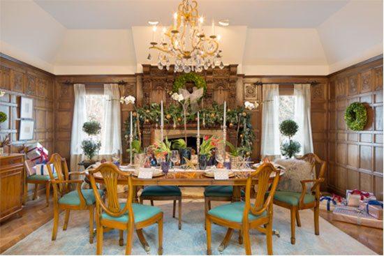 Vani Sayeed Holiday Dining Room