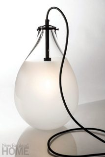 The Teardrop table lamp