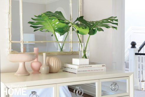 Vignette with pale-hued accessories
