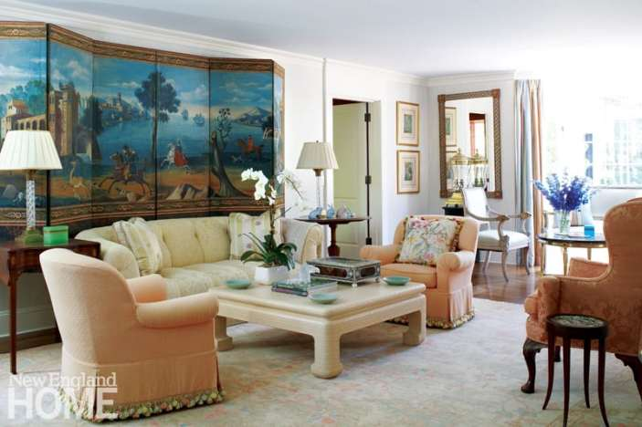Living room in lemon and melon color palette