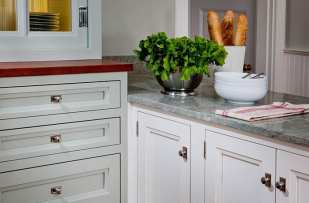 Crown Point Cabinetry 22