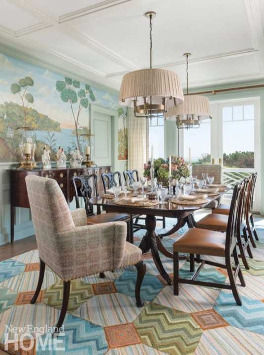Dining room in pale shades of blue, green and orange