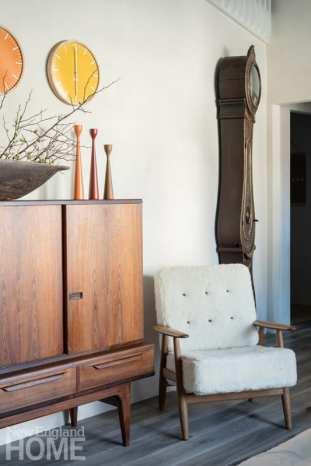 Eleish van Breems Home console