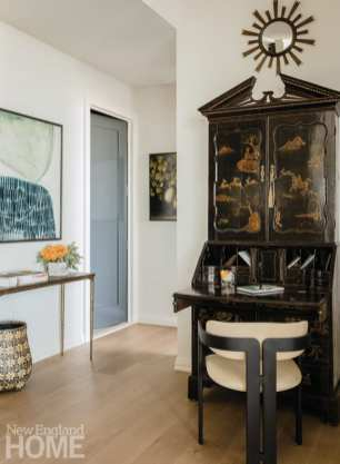 boston high-rise chinoiserie desk