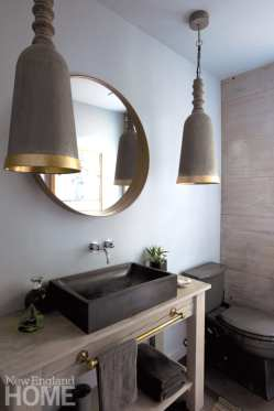 Beverly Farms carriage house powder room
