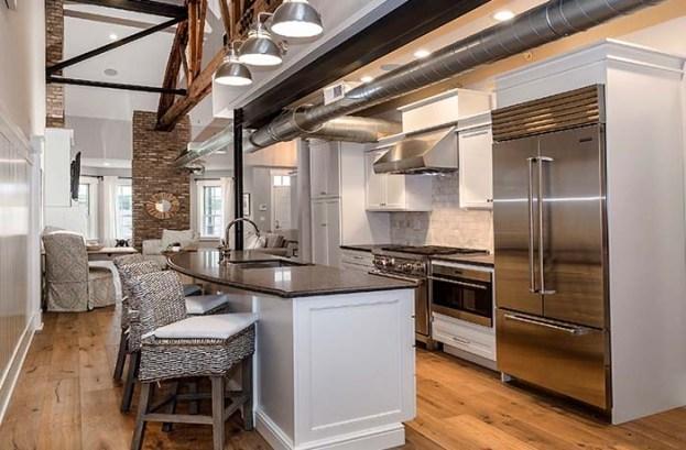 700x460 Kitchen1