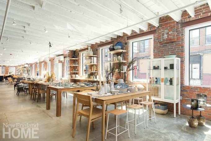 Lekker Home dining tables