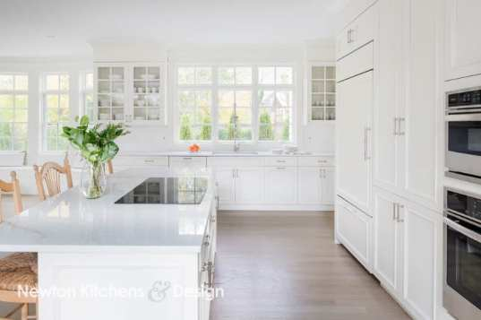 A mix of drawers and door fronted cabinets help to keep costs down since doors are less expensive than drawers.