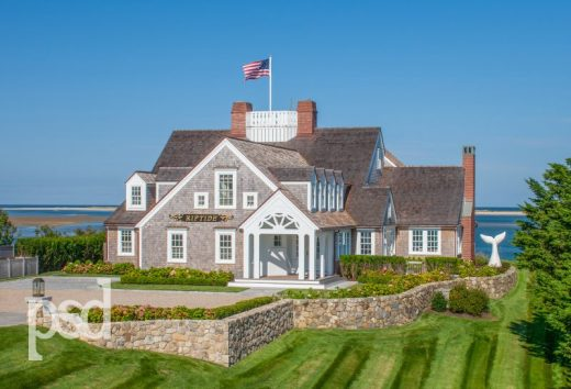 """Its high visibility location and a grand transformation back in the 1930's made """"Riptide"""" a Cape Cod icon. Through subsequent additions and alterations, including a recent renovation by PSD, it has remained iconic ever since."""