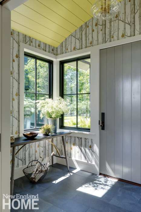 In keeping with the country vibe, the approach to the home is modest rather than grand: the entrance pavilion suggests a comfortable, welcoming mudroom rather than a formal foyer.