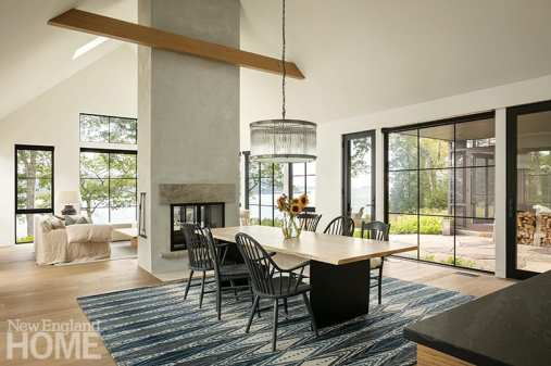 Large contemporary great room