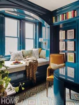 Office with walls in Gentleman's Gray by Benjamin Moore.