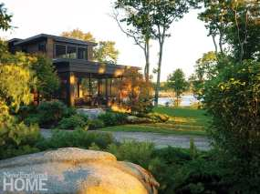 Contemporary Maine home with lake view.