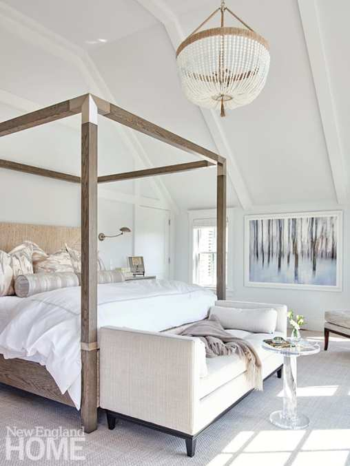 Main bedroom with large four poster bed.