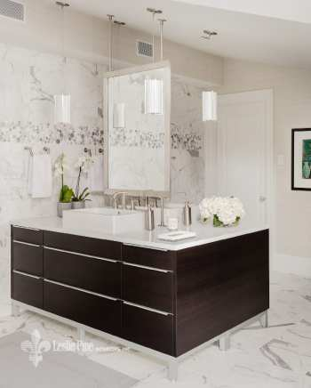 Leslie Fine Bathroom with central island