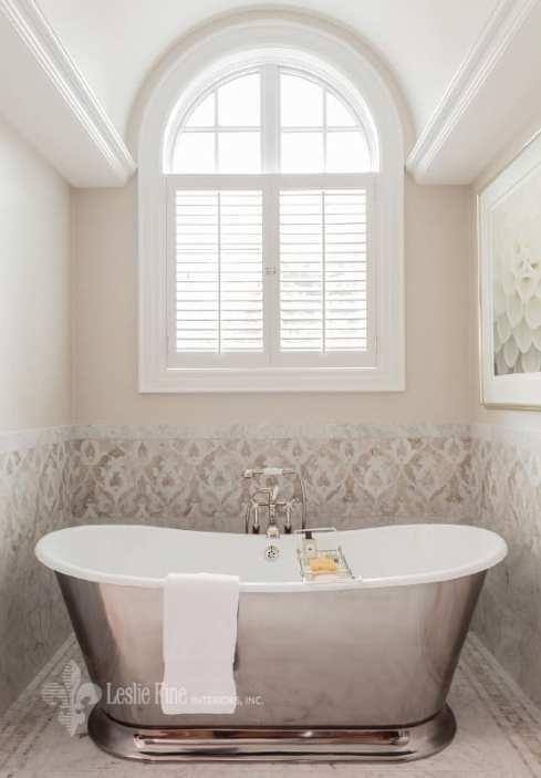 Leslie Fine silver free standing bath tub