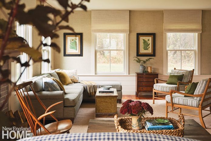 Living room with grasscloth wallpaper