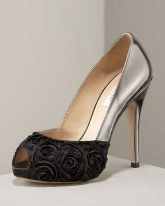 Valentino Rose Pump