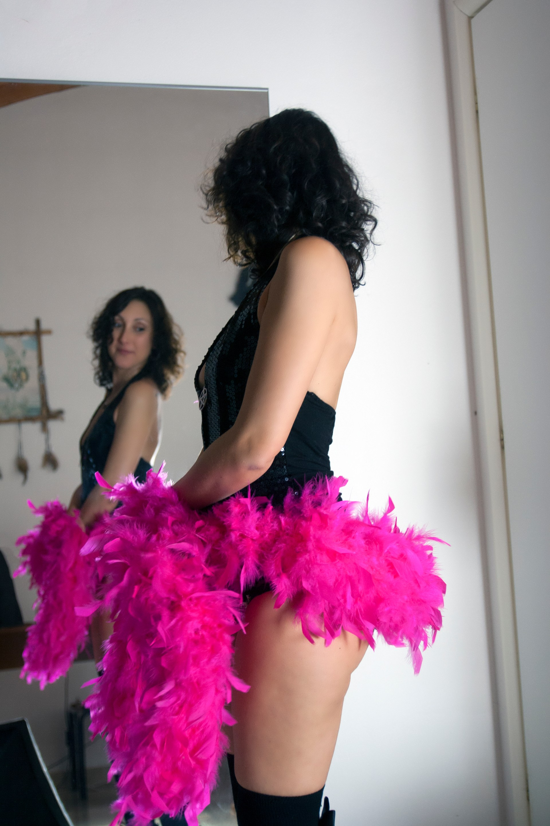 Pink Boa in the mirror 2