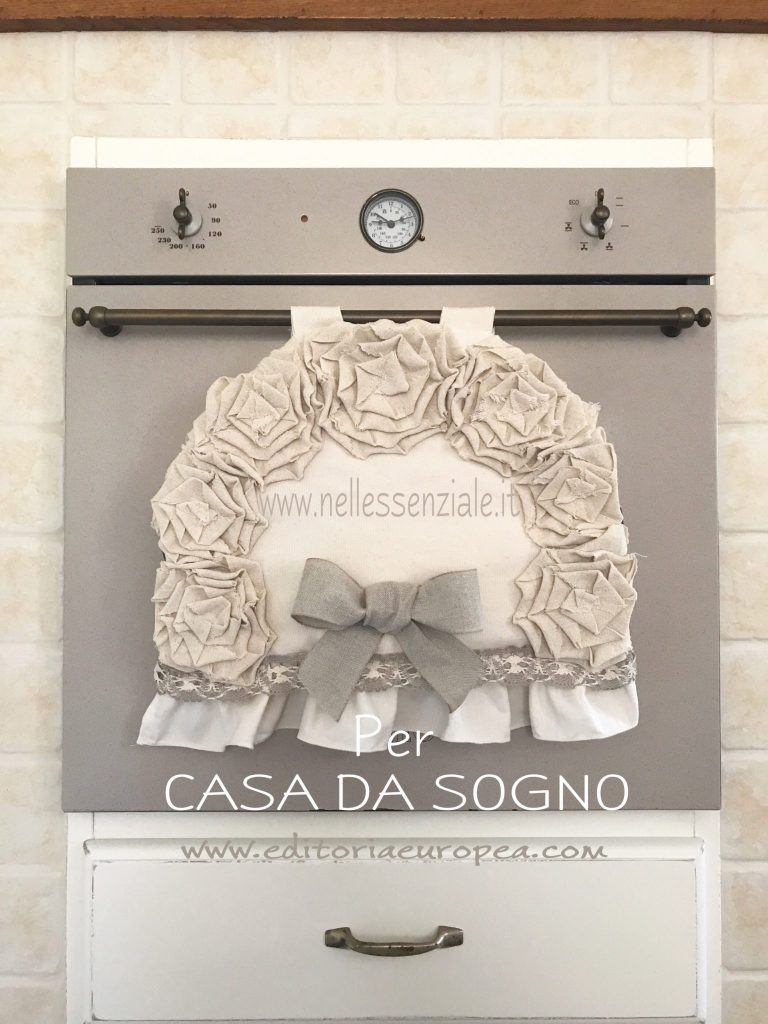Tutorial Copriforno shabby chic con rose