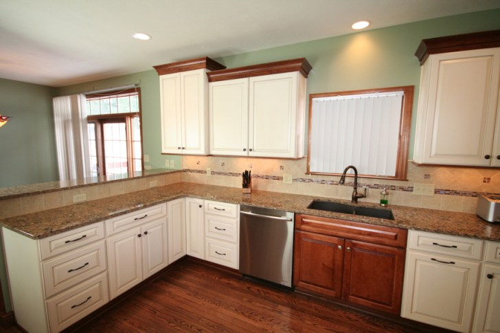 New Pittsburgh Kitchen Completed Medallion Cabinetry Two Tone