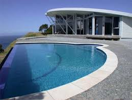 house with pool 2