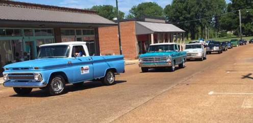 Union County, MS sheriff joins reunion parade