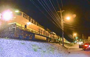New Albany MS engine of train stopped