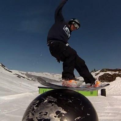 #quedebonsouvenirs - vidéo complète sur nemop.ch, lien dans la bio - #saison2013-2014 #lateedit #frisek @frisek @cransmontanaparks @snowparklaax @snowparkzermatt