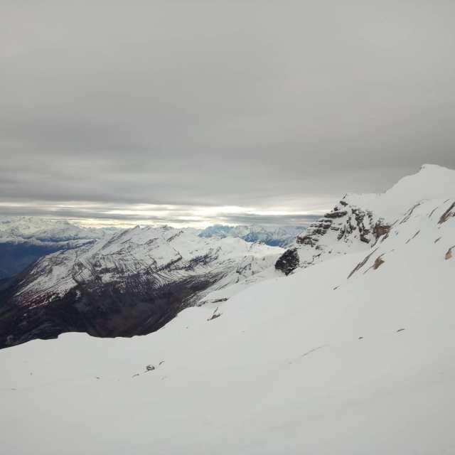 #01112020 #AGRMSenfinvalide #glacier3000 #cestparti @snowpark_glacier3000 @glacier3000.ch