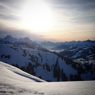 #zweisimmen #saanenmöser #skiclubpremier