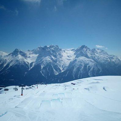 #finallythesun #ssh19 #scuol #thx #snowparkscuol #esscransmontana #mymagicmoment #frisek @schweizerskischulescuolftan @engadinscuolzernez @snowparkscuol @esscransmontana @frisek @moussafrisek