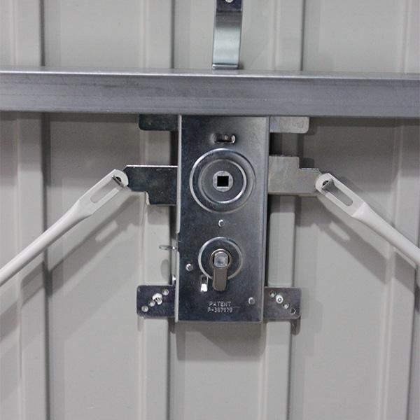 Porte De Garage Basculante Avec Portillon Motorisee Rainures Verticales Porte Basculante Standard Avec Portillon