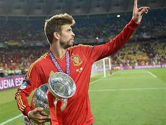 Pique con la eurocopa 2012