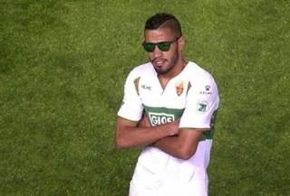 Elche 4-Deportivo la Coruña 0. Jornada 34 Liga Española Jonathas festeja el primer gol con gafa hawkers