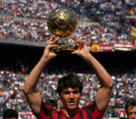 Marco van Basten Balón de Oro 1988, 1989, 1992