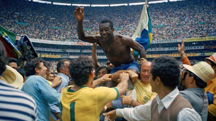 Pele Campeón del Mundo en 1970 con Brasil