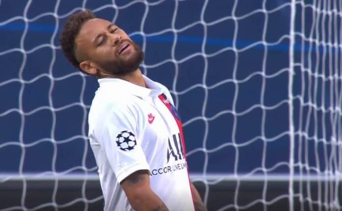 Increíble el gol que se pierde Neymar solo ante el portero