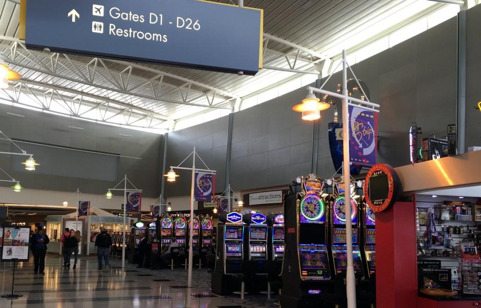 Casino_at_AirPort_02