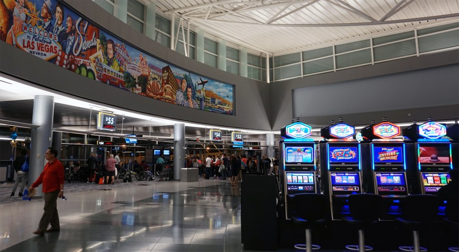 Casino_at_AirPort_01
