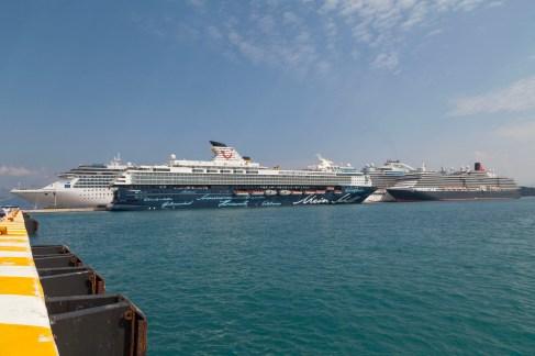 Corfu Port, Ships
