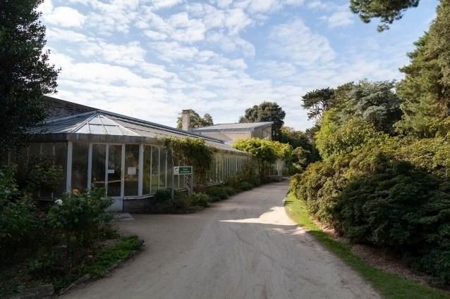 Emmanuel Liais Park Greenhouse